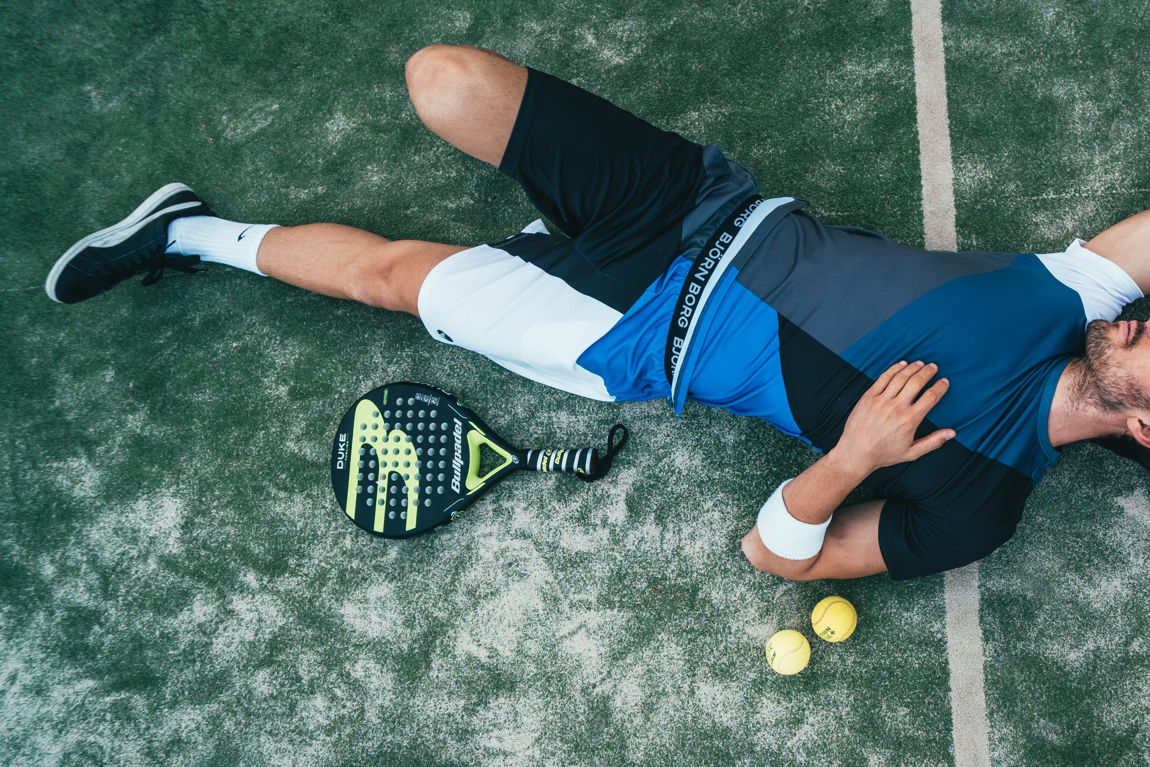 A tennis player suffers the consequences of jet lag following long distance air travel