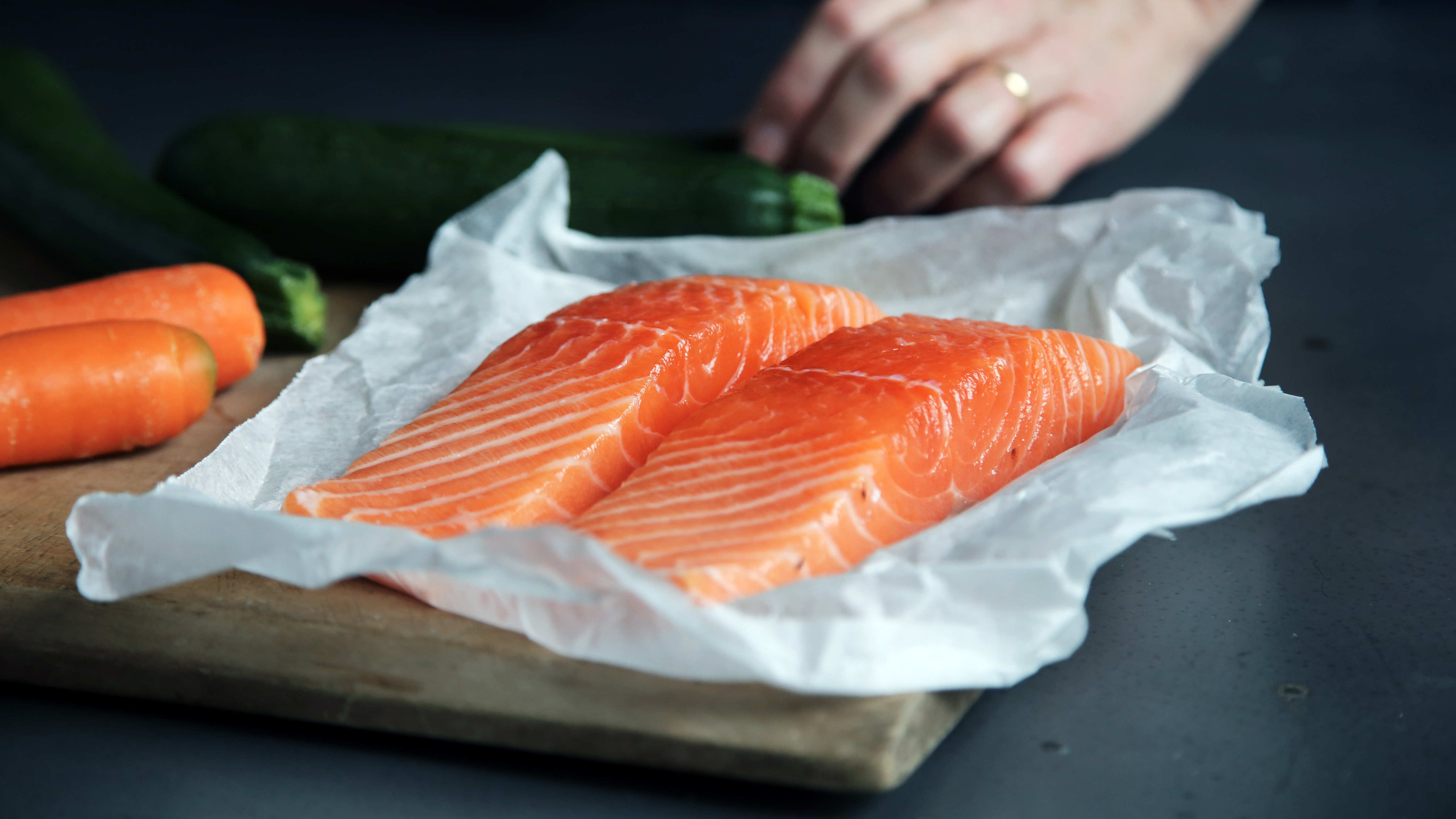 Pieces of salmon for athletes to eat before a game
